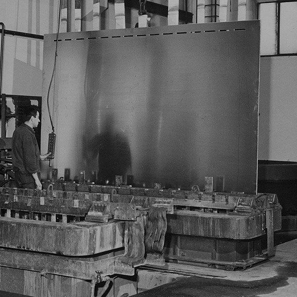 Officine di Cartigliano | Una delle fasi di produzione dei sottovuoti